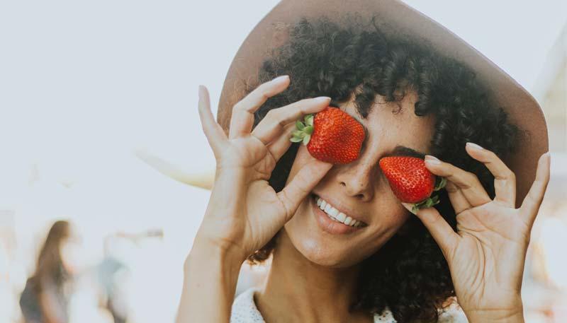 Erdbeeren im Gesicht - Face Food - Die Ernaehrung in deinem Gesicht - Eric Standop - Face Reading Academy - Read the Face